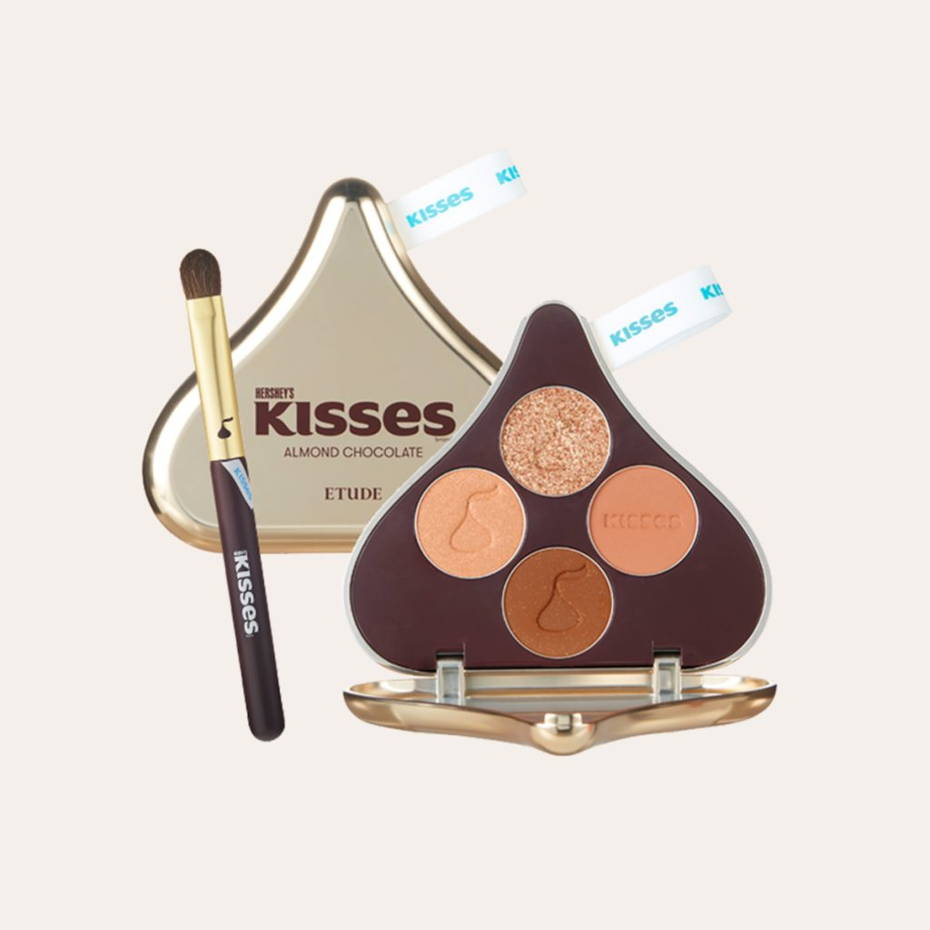 Etude - Play Color Eyes Hershey's Kisses [#Almond Chocolate]